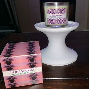 White Barn/ Bath and Body Works Candle Candle 4oz